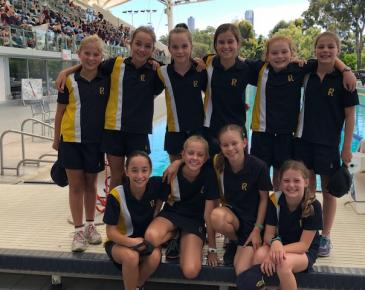 Ruyton Wins Girls Aggregate Trophy at 2018 SYDSA Swimming